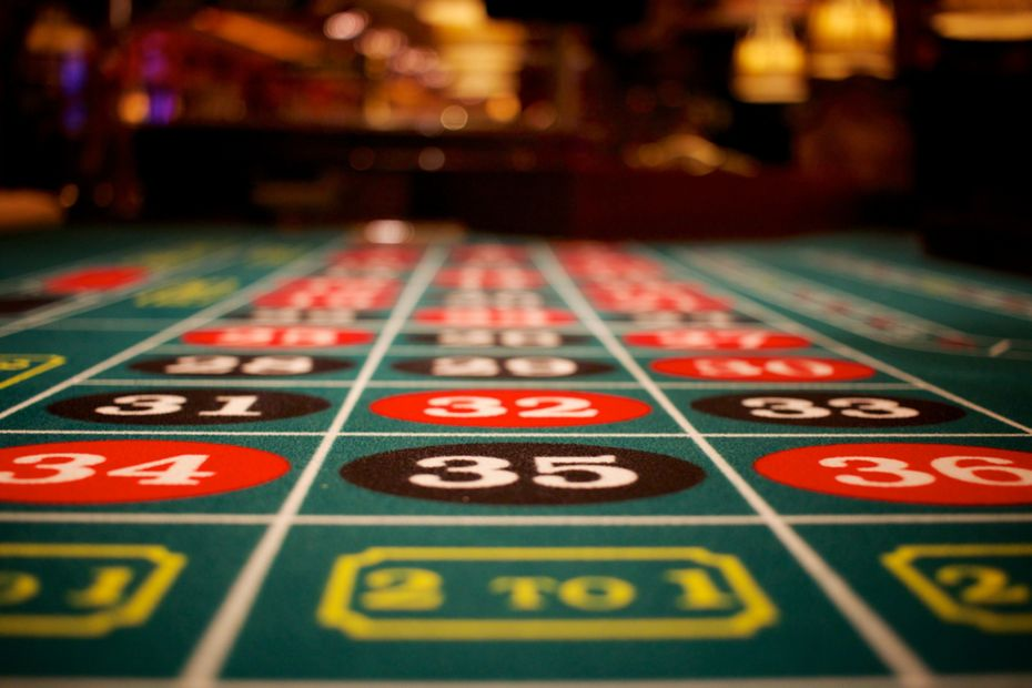 The Actual Truth Behind Poker Misconceptions - Betting