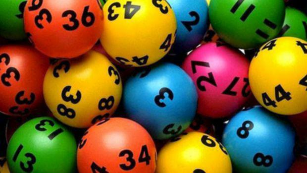 Ten Ridiculous Rules About Online Betting